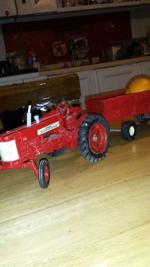 farm all metal tractor and feed cart for Sale in Altoona, AL