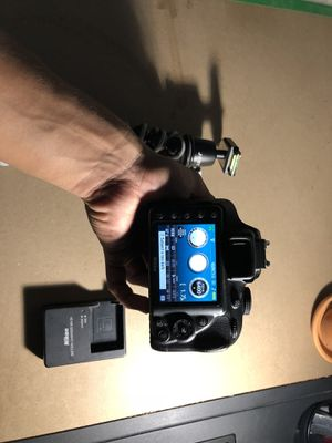 Nikon D3300 DSLR Camera for Sale in San Antonio, TX