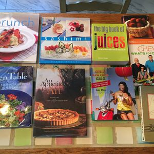 Misc Kitchen Dining Cooking Table Cloths Linen Napkins Cookbooks Fine Paper Placemats for Sale in Lexington, SC