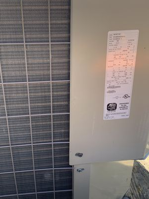 Payne 13 seer 4 Ton Heat Pump R-22 Condenser 2007 model for Sale in Cabot, AR