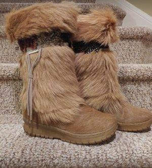 New Women's Size 10 Goat Fur Boots [Retail $256-$430] for Sale in Woodbridge, VA