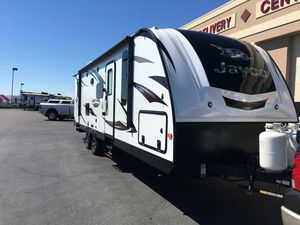 Jayco Whitehawk Travel Trailer/camper for Sale in Puyallup, WA