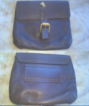 Burberry pouch leather for Sale in Boston, MA