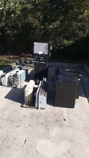 FREE SCRAP AC'S AND FRIDGES for Sale in Jacksonville, FL