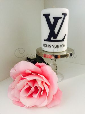 Gorgeous custom made personalized white designer logo candle for Sale in Hialeah, FL