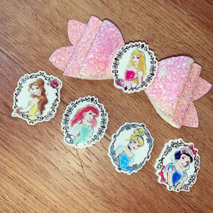 Disney princess hair bow girl hair accessories for Sale in La Verne, CA