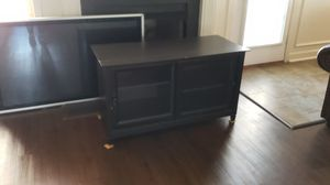 Wood Entertainment Cabinet $25. for Sale in Smyrna, TN