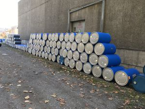 Food grade 55 gallon barrel for Sale in Ravensdale, WA