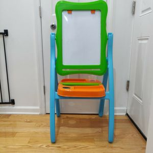 Kids Easel for Sale in Queens, NY