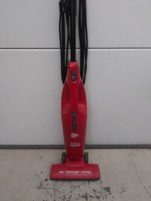 Portable lightweight vacuum for Sale in Victorville, CA