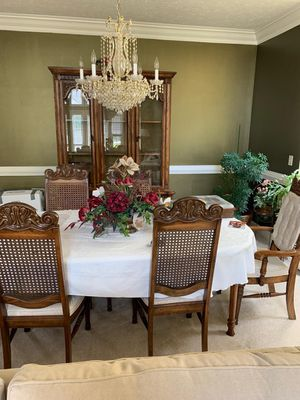 Beautiful dining set with glass curio cabinet. for Sale in Bloomington, IL