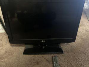 32 inch lg tv for Sale in Orlando, FL