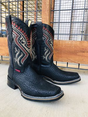 Rodeo Cuello de Toro - Work Sole - 100% Leather! ROMAN BOOTS!! Delivery Service Included!!! for Sale in San Antonio, TX