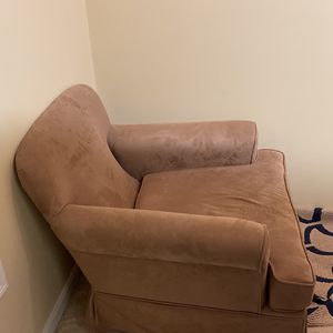 Maternity Chair for Sale in Haverhill, MA