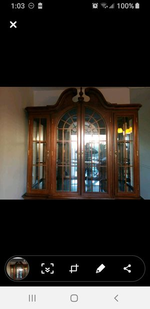 Free top part of China cabinet for Sale in South Brunswick Township, NJ