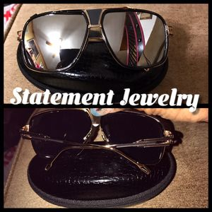 Sunglasses with case for Sale in Baltimore, MD