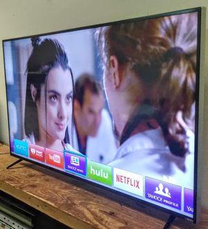 "SMART TV VIZIO 70"" 4K "" SERIES M"" LED CLASS FULL ARRAY ULTRA UHD 2160p ( OBO ) for Sale in Phoenix, AZ"