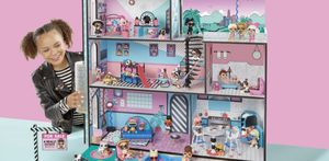 LOL Doll House with dolls and accessories for Sale in Hialeah, FL