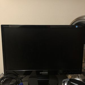 Samsung monitor 21.5 inch for Sale in Issaquah, WA