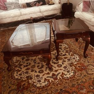 Gorgeous wood coffee table and side table matching set with glass inlay! for Sale in Fremont, CA