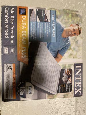 INTEX dura-bean plus airbed / air mattress for Sale in Cambridge, MA