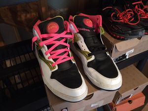 Reebok pump size 13 $60 for Sale in Oxon Hill, MD