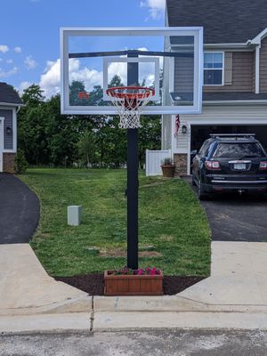 Basketball Hoop In Ground for Sale in VINT HILL FRM, VA