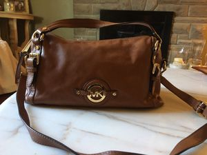 Authentic Michael kors leather bag for Sale in Pittsburgh, PA