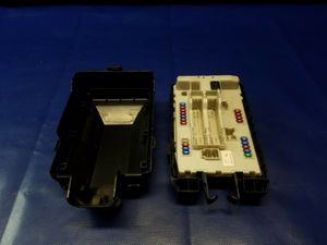 2015 - 2019 INFINITI Q70 Q70L ENGINE BAY IPDM JUNCTION FUSE BOX # 50573 for Sale in Fort Lauderdale, FL