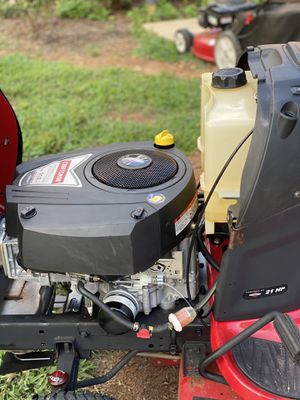 Craftsman riding lawn mover for Sale in Mint Hill, NC