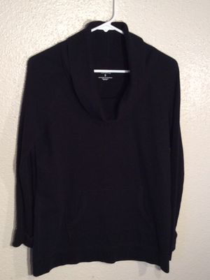 Like New Black Women's SONOMA LIFE + STYLE Long Sleeve Sweater Tunic in package - Size S-M for Sale in Austin, TX