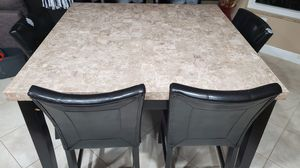 Marble like breakfast table with chairs. for Sale in FL, US