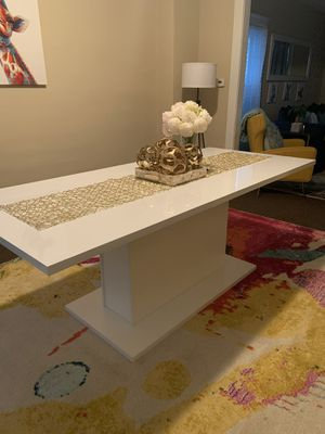 Ethiopia glossy white dining table! Brand new!!!! Best offer for Sale in Buffalo, NY