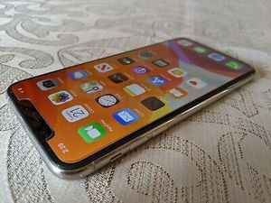 iPhone 11pro for Sale in Harwood, TX