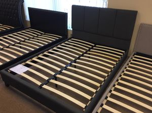 Grey Fabric Bed Frame, Queen for Sale in Santa Fe Springs, CA