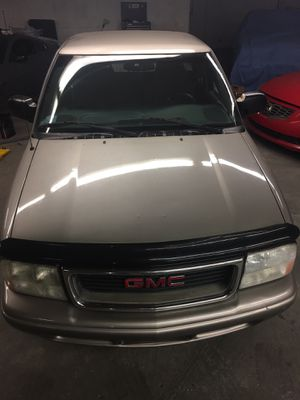 2003 gmc Sonoma part out for Sale in Pawtucket, RI