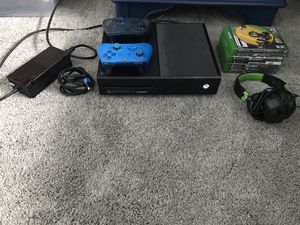 Xbox one (black) 1 Tb for Sale in Ashburn, VA