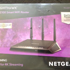 Netgear Nighthawk AC2100 Smart WiFi Router, R7200, 4K for Sale in Visalia, CA