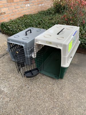 Collapsible Pet Crates $ 25 and $35 for Sale in Dallas, TX