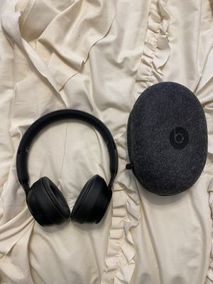 Beats Solo 3 wireless for Sale in San Antonio, TX