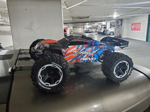 Traxxas Erevo brushless MXL-6s for Sale in Fort Washington, MD