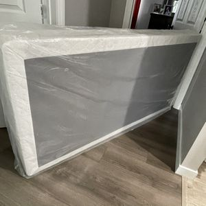 Twin Box Spring for Sale in Lynwood, CA