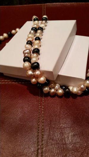 """Brand new 24"""" Endless Pearl necklace for Sale for sale  Marietta, GA"""