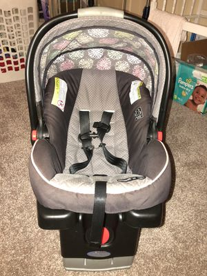 Graco Car Seat with Stroller Click Connect for Sale in Jacksonville, FL
