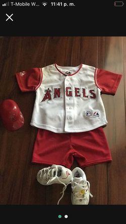 Baby Set Size 18M for Sale in Los Nietos, CA