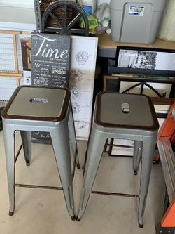 2 Bar stools for Sale in Prineville,  OR