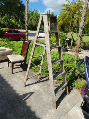 6ft ladder for Sale in Fort Lauderdale, FL