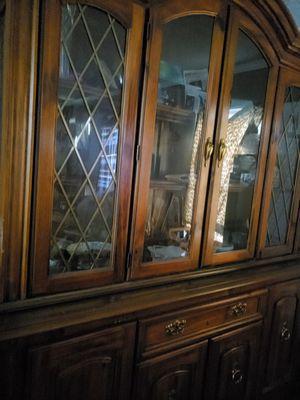 Antique China cabinet for Sale in Jonesboro, GA