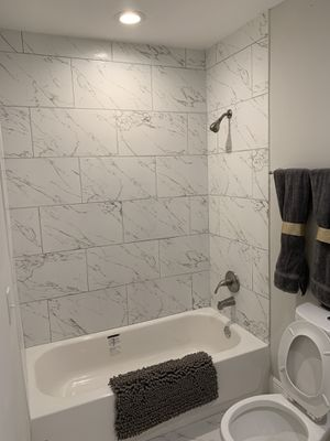 Remodelación de bathroom intimate is free for Sale in Harrisonburg, VA