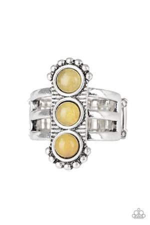 Yellow stone silver ring with stretchy back for Sale in Pico Rivera, CA